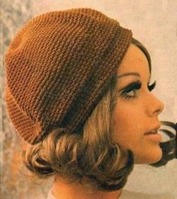 1960s hat fashion.