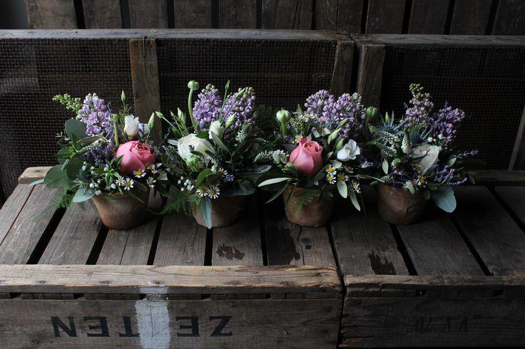 Terracotta pots of flowers - Italian inspired wedding flowers - www.theflowermilldraycott.co.uk