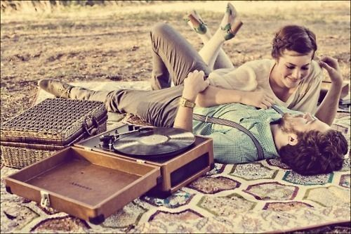 cute! this remind me of Matt and Ami... Matt wants a record player.