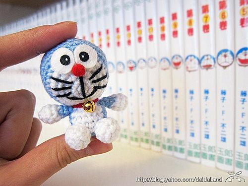 Crochet Doraemon Amigurumi : 27 best doraemon crochet images on pinterest amigurumi patterns