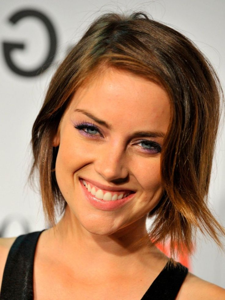 Short Celebrity Hairstyles : Simple Hairstyle Ideas For
