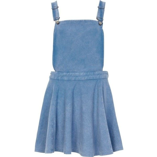 River Island Mid wash denim pinafore skater dress (1.010 RUB) ❤ liked on Polyvore featuring dresses, skirts, overalls, vestidos, sale, blue skater dress, blue dress, blue circle skirt, denim skater skirt and blue flared skirt