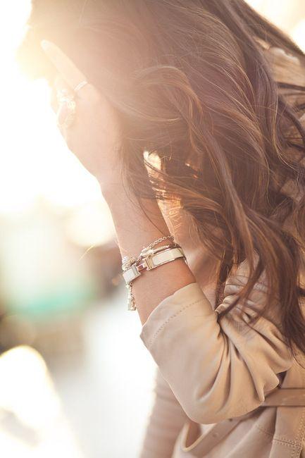BraceletsHermes Bracelets, Loose Curls, Hair Colors, Hermes Bangles, Wavy Hair, Long Hair, Wavyhair, Soft Curls, Brown Hair