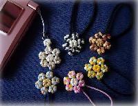 花結びの髪飾り&携帯ストラップ♪の画像