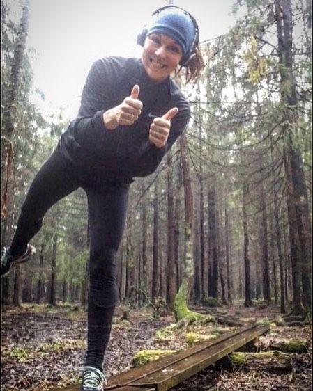 Gjør mer av det som gjør deg glad Erklærer herved favorittløypa for åpnet!  16 km i søla med ett stort smil om munnen. #minløpetur #mintreningsglede #maratontrening #holmestrandmaraton #oslomaraton2016 #jegermed #running #trailrunner #girlsbreakingtrails #runnerscommunity #runnersofnorway #utno #liveterbestute #gsportpåsketrening #gsportnorge #freshpåtrening #aktivejenter #sprekmars #sportsgalleriet #kondisno #laufen #norskloping #worlderunners by catwal