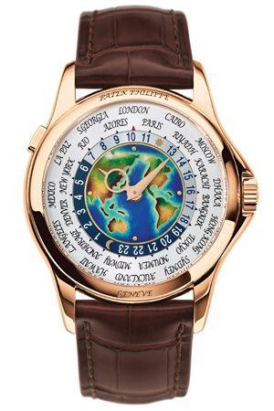 Patek Philippe World Timer 5131. Ajuste. Un pulsador permite el ajuste mediante saltos completos de hora. Diámetro. La caja es de oro rosa de 39,5 mm con fondo de cristal de zafiro. Movimiento. Es automático y se alimenta por un minirrotor de oro de 22 quilates.