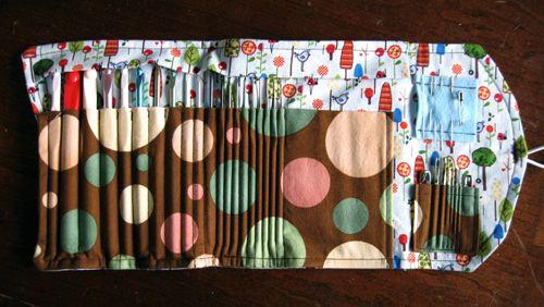 Review: Crochet Hook Clutch Sewing Pattern | Speckless ...
