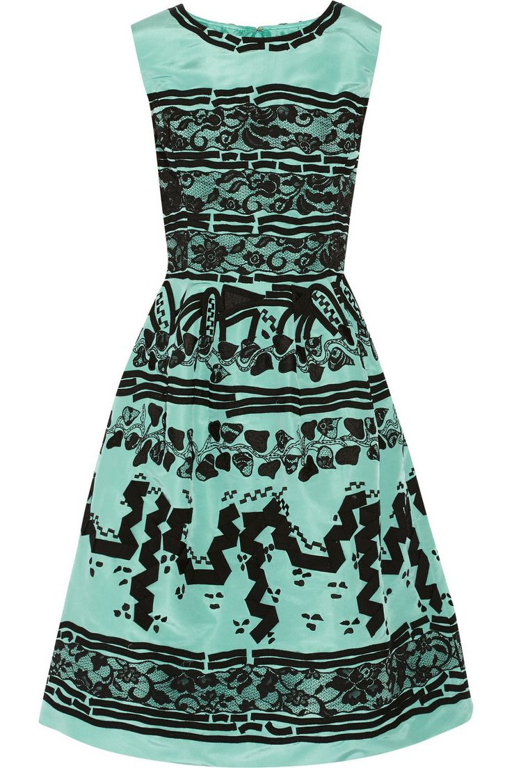 Oscar de la RentaAppliquéd silk-faille dress