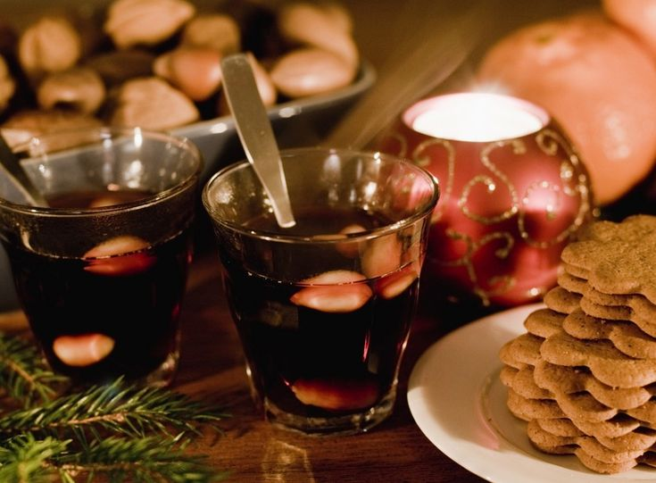 Celebrating Advent the Swedish way: Glögg and ginger snaps