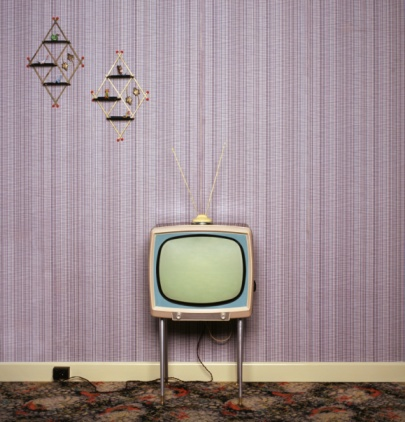the invention of television and its This short essay on television contains introduction, brief history of television in india, its uses, and a conclusion introduction television is one of the most important inventions of the twentieth century.