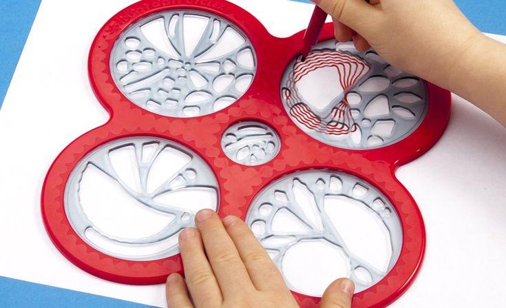Le concept du spirographe : placer une roue dentée dans un anneau et la faire tourner avec un stylo, pour réaliser tout type de formes, de rosaces ou figures géométriques.
