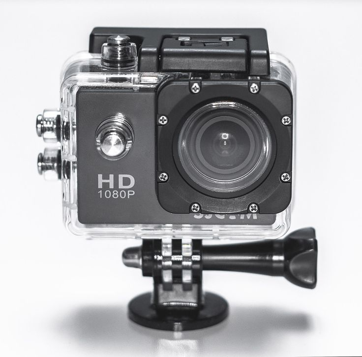 Time for another review for another action camera. This time this review is for SJCAM's Sports HD DV 1080P camera, the SJ4000. At first glance, this camera resembles the look and feelsimilar to a...