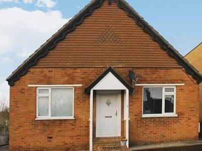 Whit S End - #VacationHomes - $90 - #Hotels #UnitedKingdom #Whitstable http://www.justigo.ws/hotels/united-kingdom/whitstable/whit-s-end_191366.html