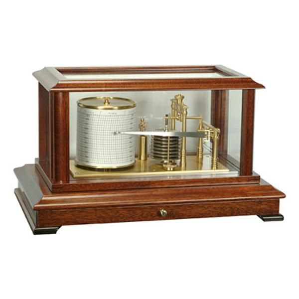 The Blakeney is a handsome and practical barograph with flat casing glass.