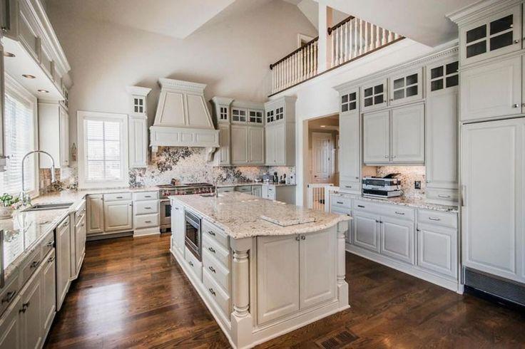 30 Beautiful White Kitchens Design Ideas White Cabinet Kitchen White Granite And White Cabinets