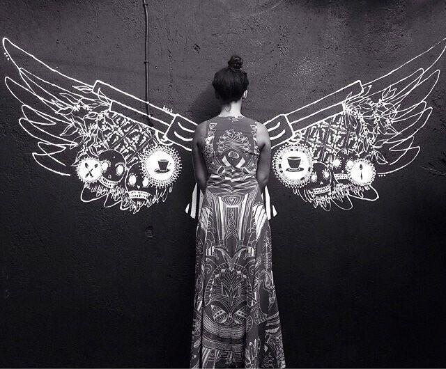 Kamu bisa menemuka sebuah mural sayap dari senjata yang sedang beken di Instagram. Jangan lupa untuk selfie di sini yah! Photo credit: IG @ineskatamso