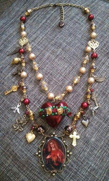 Collar Virgen de Sagrado Corazón de Jesús#diseñado por Deseos Divinos Guadalajara