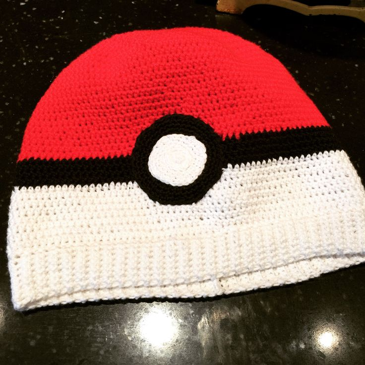 Pokemon Go, crocheted hat, pokeball