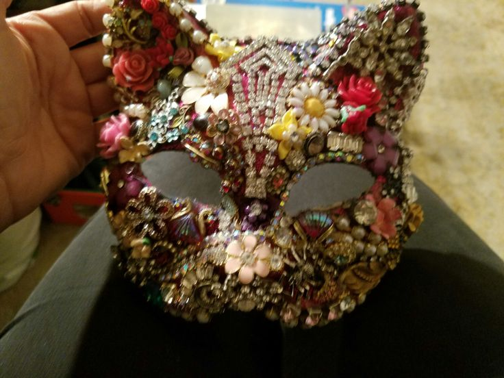 One of A kind original masquarde madi gras mask by DazzlemeGreen on Etsy https://www.etsy.com/listing/459371420/one-of-a-kind-original-masquarde-madi