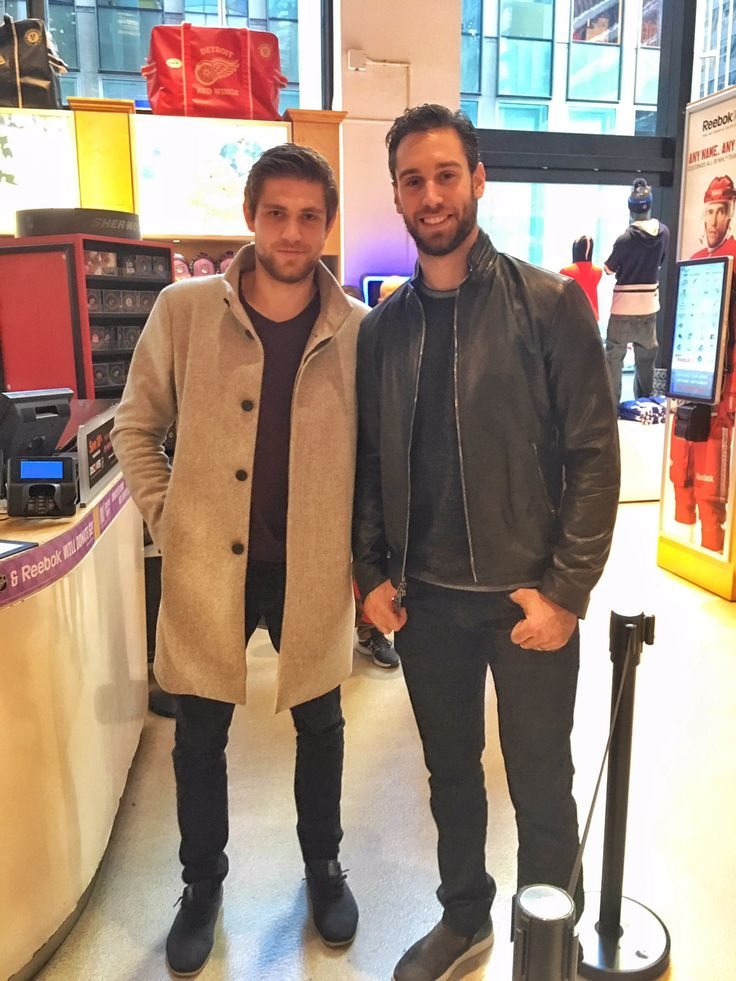 Oilers Cam Talbot & Leon Draisaitl stopped by the NHL offices and NHL Store today