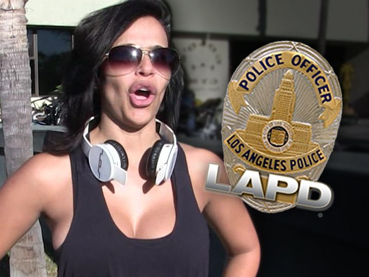 Vida Guerra -- Someone's in My Rear View ... And It's Freaking Me Out