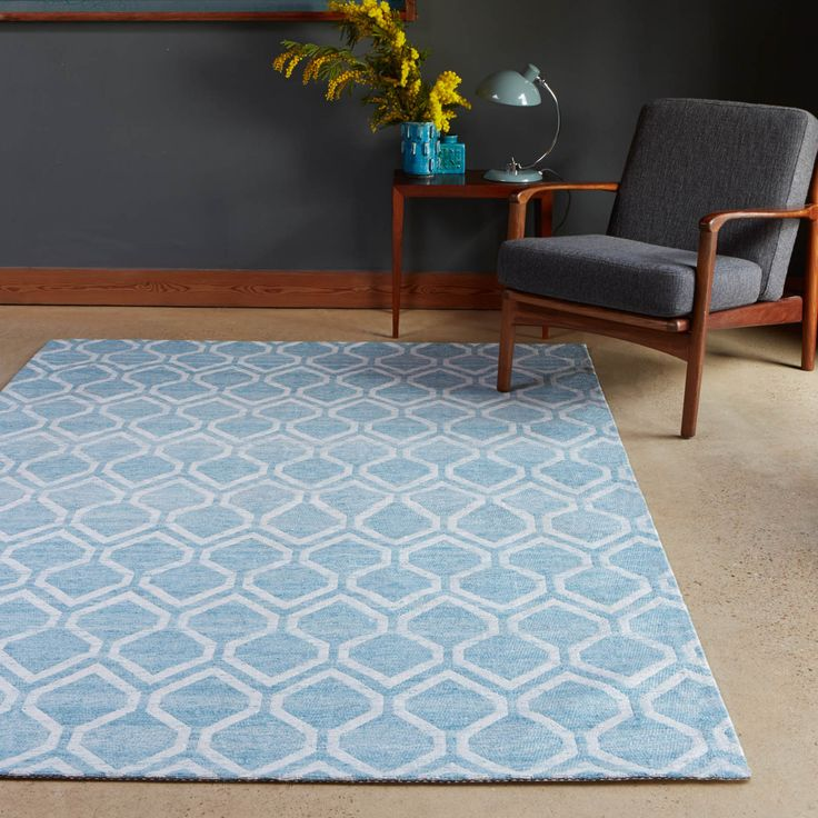 Medina Rugs Are Hand Woven With A Very Fashionable Blue And Ivory Geometric Design That Will