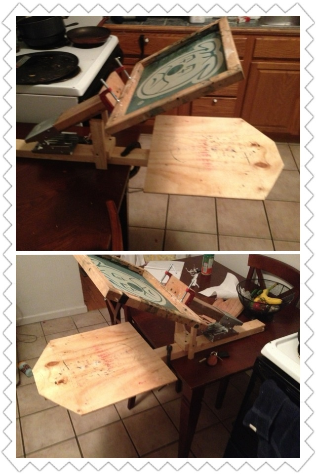 "Diy one color screenprinting press: 2x3 (3ft long) 2x4 (14""to 17"") Sawhorse bracket 2 ( 2"" c clamps) 1 ( 4"" to 6"" c clamp) 2x3 (  3 pieces 4"" to 5"" long) Drill Saw Wood screw Plywood (12""x12""or  20""x20"")"