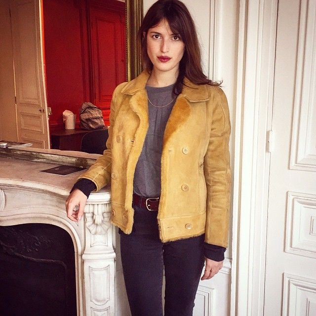 269 best images about jeanne damas on pinterest instagram de paris and off duty. Black Bedroom Furniture Sets. Home Design Ideas