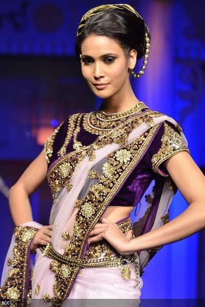 #Aamby Valley #Bridal Week 2012 | Vikram Phadnis