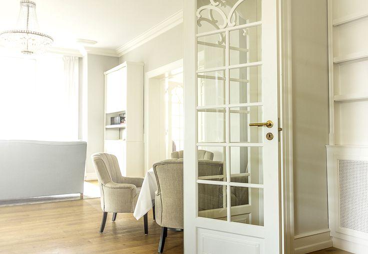 Folding door | custom build by Vahle Doors