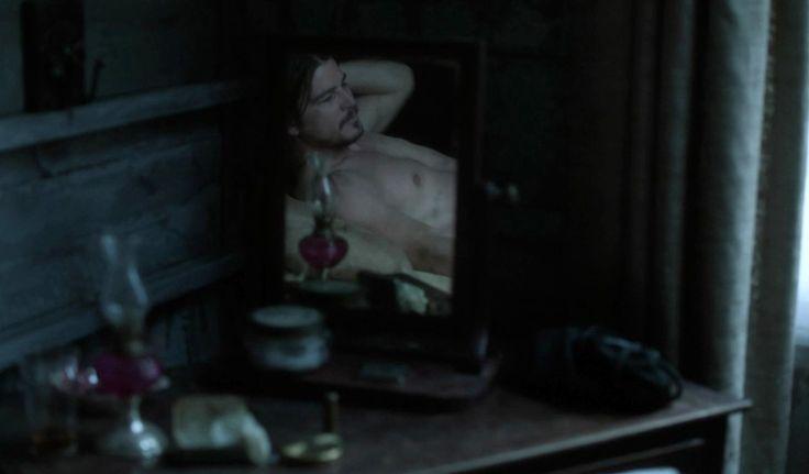 Josh Hartnett is amazing in so many ways on Penny Dreadful. :)