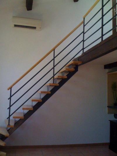 57 best images about escalier on pinterest cats aix en for Escalier helicoidale marseille