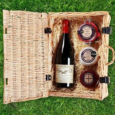 Godminster Cheese Hamper 6247CDX Godminster Cheese Hamper - Classic Red This beautiful selection of Godminsters award winning produce has been paired with a carefully selected bottle of red wine to create a luxurious gift hamper. God http://www.MightGet.com/january-2017-13/unbranded-godminster-cheese-hamper-6247cdx.asp
