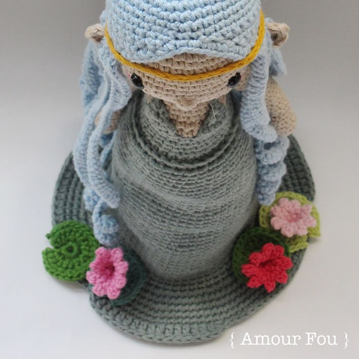 Lily, the water nymph - Vote for her on amigurumipatterns.net