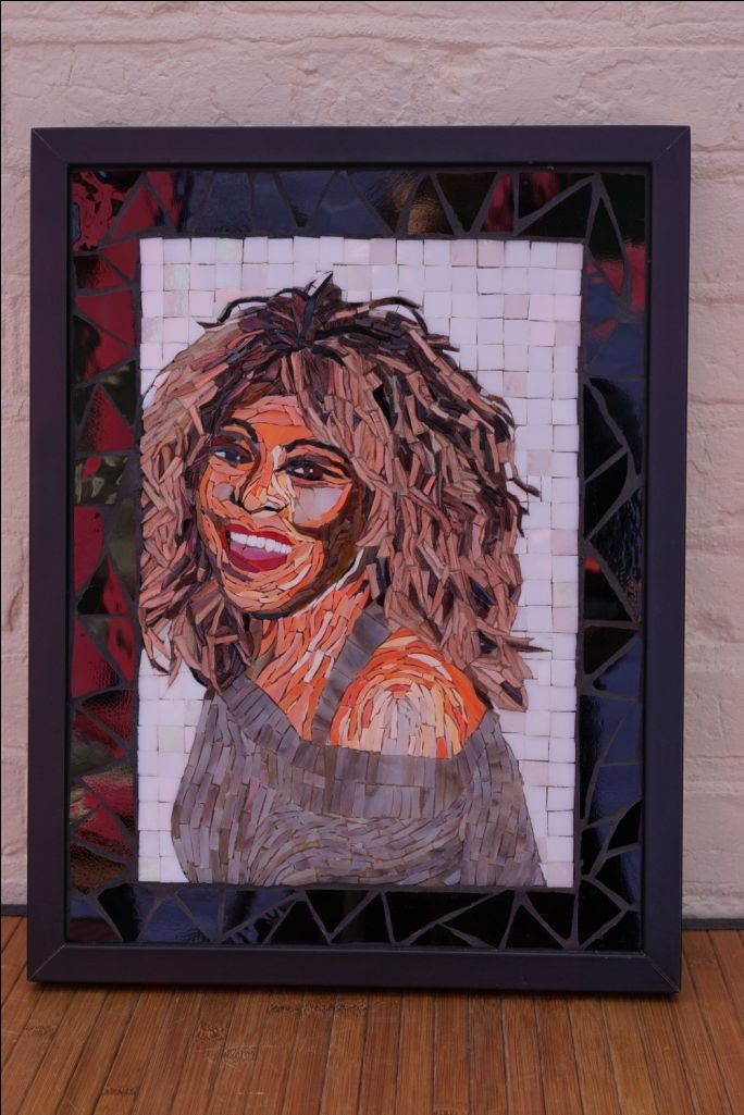 There she is, in glas mosaic: Tina Turner.
