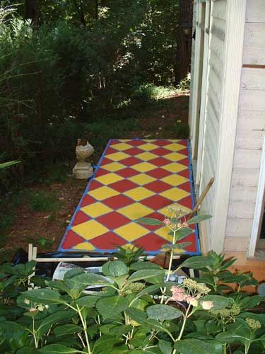 Painting our concrete patio - Reeder Redecoration