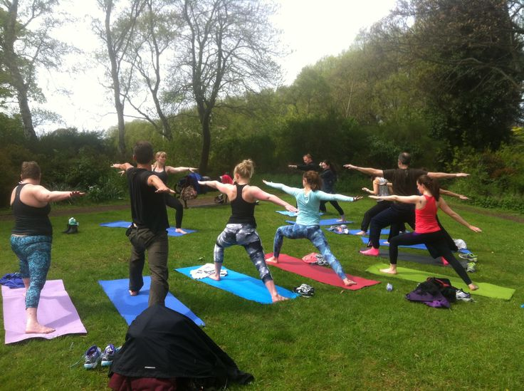 Inverleith Park Yoga & Picnic. Every Sunday at 12pm. #yoga #edinburgh