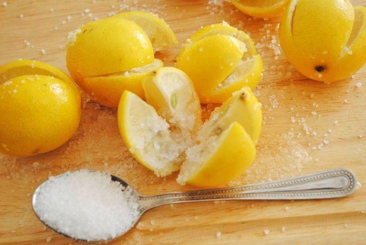 Узнайте зачем оставлять в спальне лимон с солью