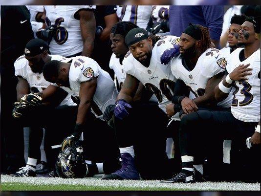 Jaguars owner Shahid Khan joins in on NFL's national anthem protests - Sari Info