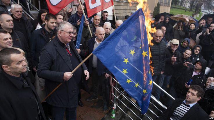 PETIȚIE ONLINE. Vreți ca România să iasă din UE? Sub protecția anonimatului, un român  cere părer...