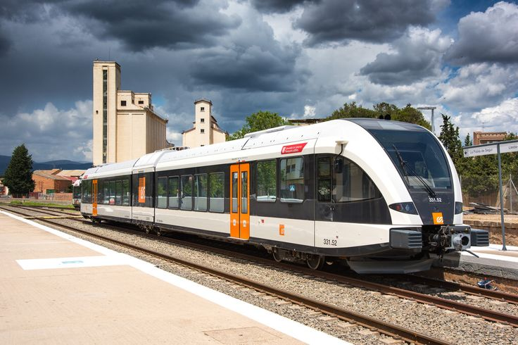 New Stadler GTW 2/6 for FGC in test at Balaguer Station in Spain