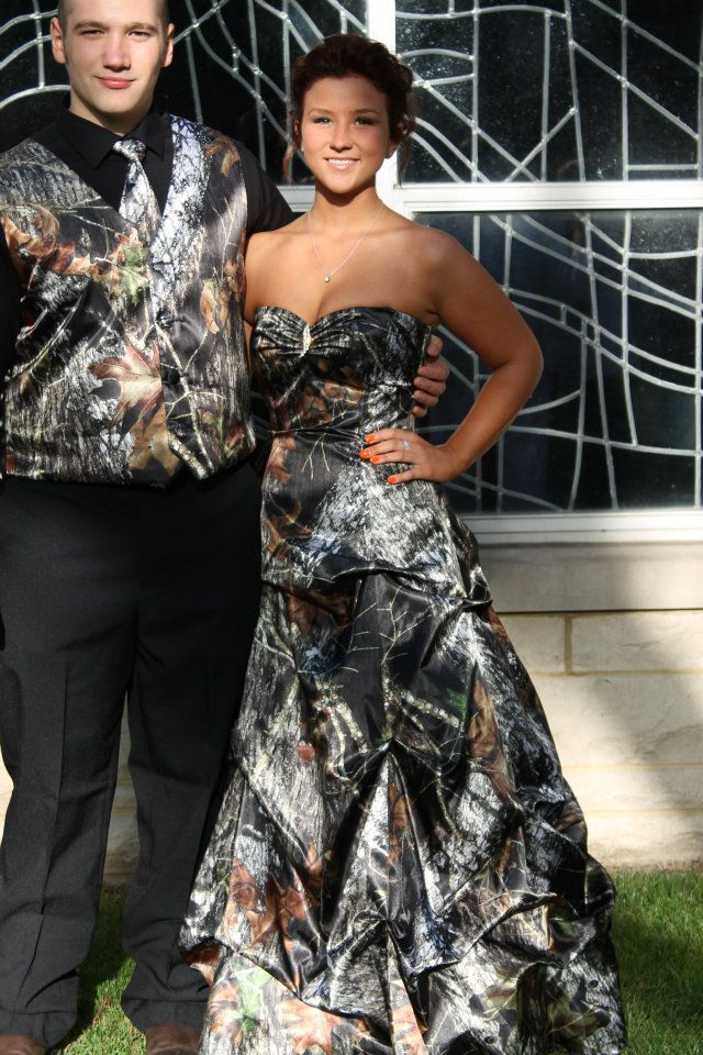 camo prom dress :D but except I'd get a jacket with it :)