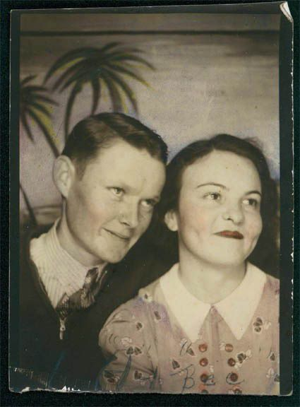 +~ Vintage Photo Booth Picture ~+  Young love