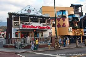 Bubba Gumps Gatlinburg TN - one of my FAVORITES! Just love the atmosphere of it & going with David and his family! @Lisa Callahan Fields