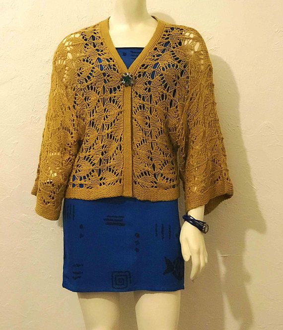 Vtg Mustard Yellow Bohemian Crochet Open Cardigan / Large Knit Sweater / Wide Bell Sleeves / Loose Fit / 70s Hippie Fashion / Boho Gypsy Style / Crochet Knit Sweater / Fall Fashion / Mustard Yellow Sweater / Gypsy Fashion / Hippie Fashion / Bohemian Sweater / Mustard Colored Cardigan /