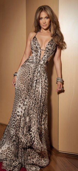 Maxi dress. Love her