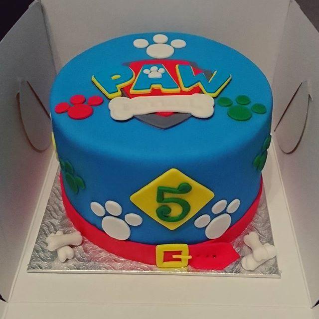 Paw Patrol Cake #pawpatrol #pawpatrolcake #kidscartoons #dogs #chocolate #chocolatecake #birthday #baking #cake #desserts #decorations #icing #frosting #sugar #fondant #food #montreal #finessecatering #finesse #catering #creativefood #foodporn #foodpost #wiltoncakes #kitchenaid #vscofood #cakestagram #instafood