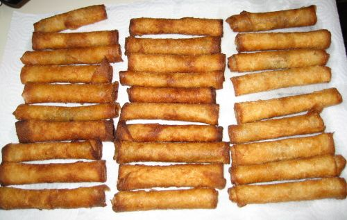 Shout out to my Filipino side... Craving Lumpia! So much better than eggrolls