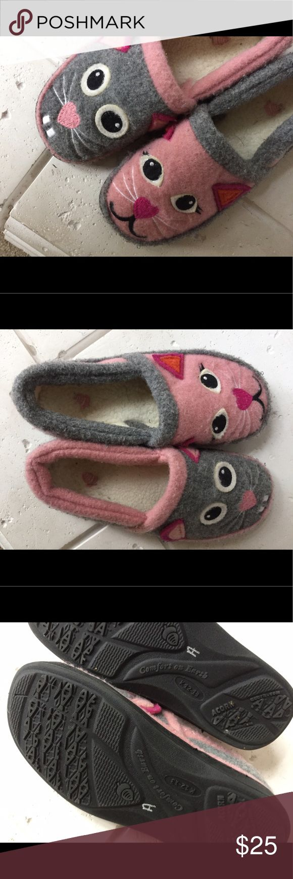 Acorn character shoes Faux woolly comfortable slipper shoes. Cute cute cute!! I think they are about size 3 or 4. 9 inches long from heel to toe. Acorn Shoes