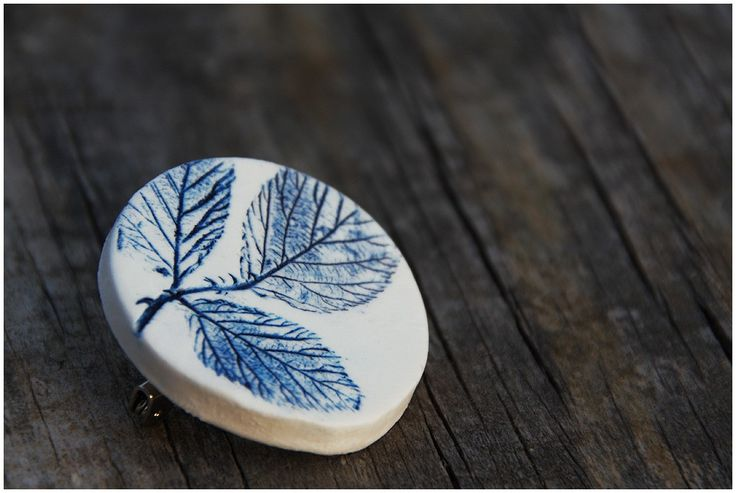blue + white = cold porcelain clay / air-dry polymer clay
